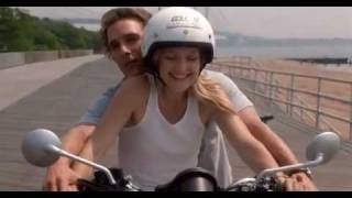 Motorcycle scene from How to Lose a Guy in 10 Days (2003)