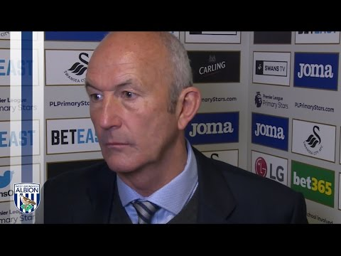 Tony Pulis reacts to Albion's 2-1 defeat at Swansea