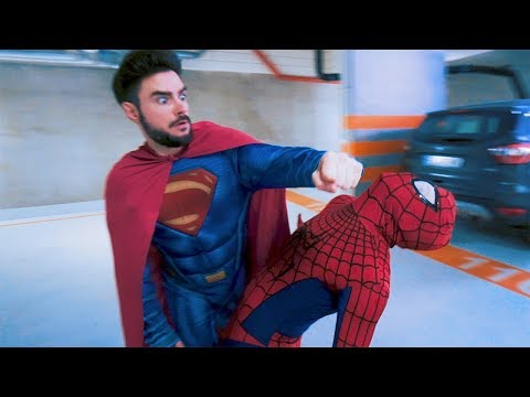 SPIDERMAN VS SUPERMAN | Danny Ferreri, LM96, Stuu & Mamiko