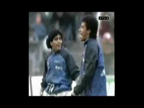 Diego Maradona Live is Life Victor Hugo Relatos