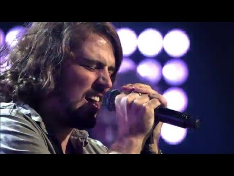 Maarten zingt 'Little Monster' | Blind Audition | The Voice van Vlaanderen | VTM