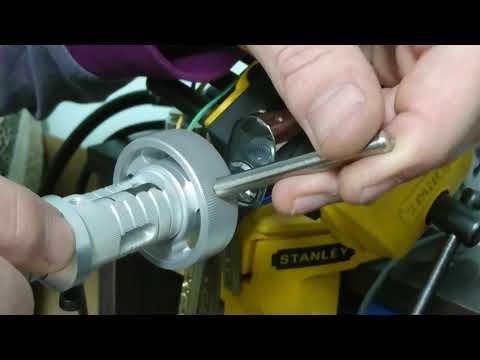 Взлом отмычками Mul-T-Lock   Locksmith tools kit for MTL