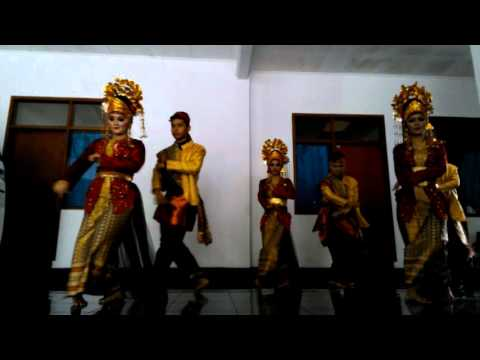Tari Bedana Kreasi Adat Lampung