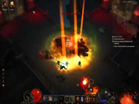 """Diablo 3: Templar and witch doctor in """"Storm Halls Shadow Lock"""" (inferno difficulty)"""