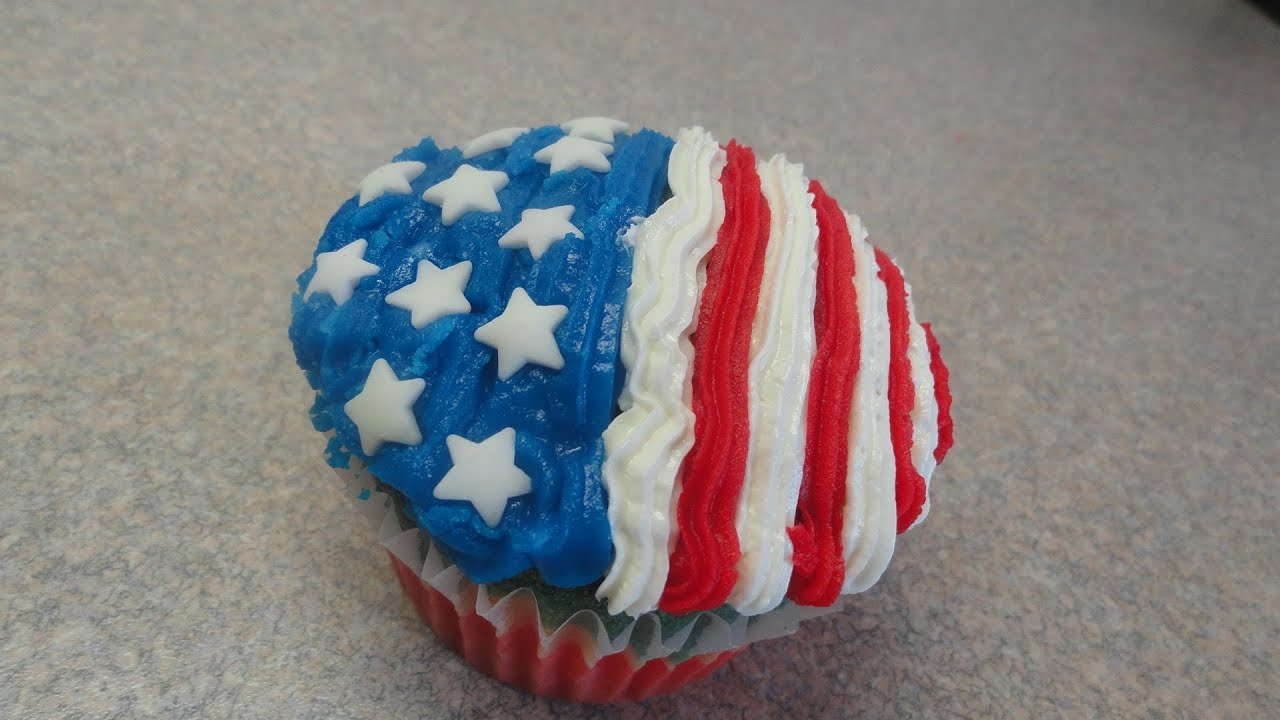 Cupcake Decorating Ideas For 4th Of July : Decorating Cupcakes #106: Fourth of July / Independence ...