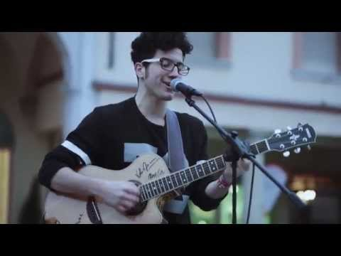 Ed Sheeran - Don't ( Federico Baroni Acoustic Street Cover )