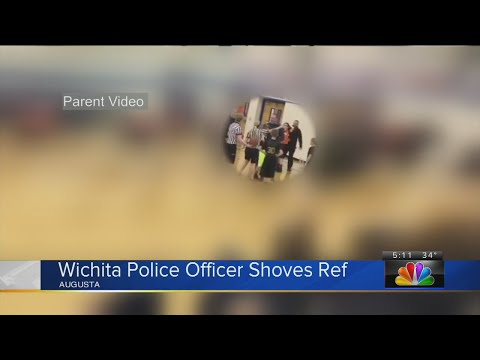 Kansas police officer shoves teenage ref in youth basketball game