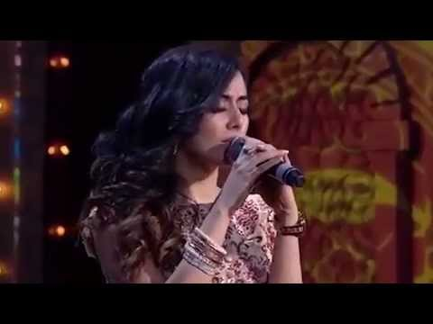 Jonita Gandhi sings the best songs of 2014 at the 7th Royal Stag Mirchi Music Awards 2015