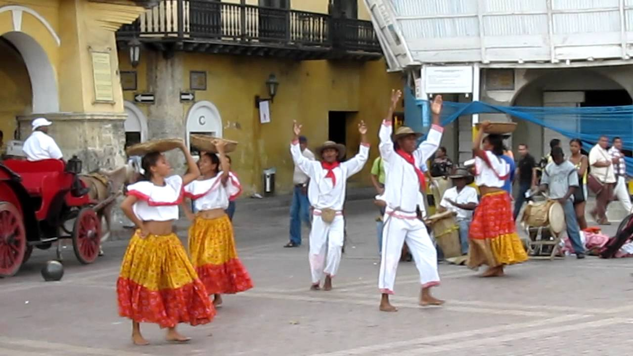 Traditional Dancing in Cartagena, Colombia -- Cumbia - YouTube
