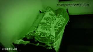 Download Video Menakutkan..! Pria ini tidak sadar tidur bersama makhluk halus. MP3 3GP MP4