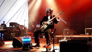 Bob Log III - Six Stringer kicker - Roots&Roses festival 2011.MOV