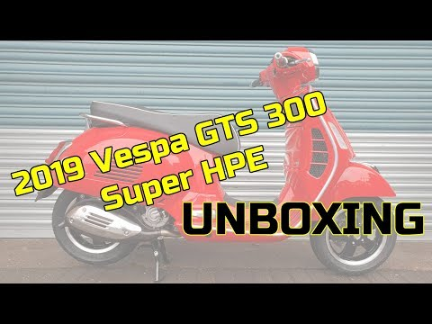 Vespa GTS  Super HPE Unboxing at Midland Scooter Centre