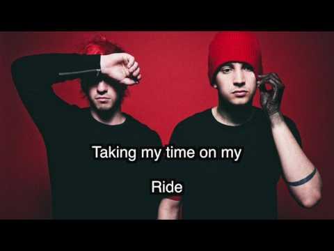 Ride - Karaoke Track (By Twenty One Pilots) with lyrics