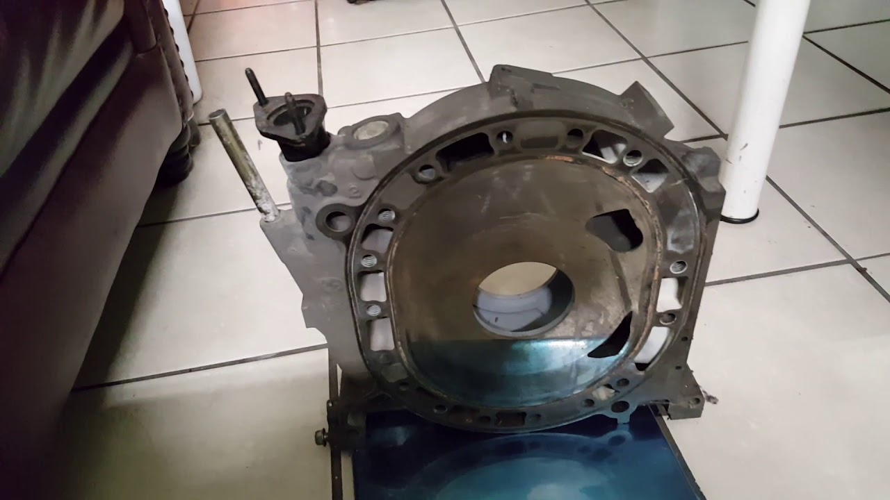 How much does a 13b middle rotary engine iron weights?