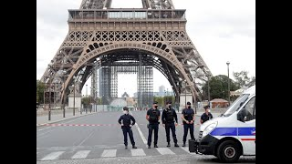 Paris Police Barricade Eiffel Tower After Anonymous Bomb Threat