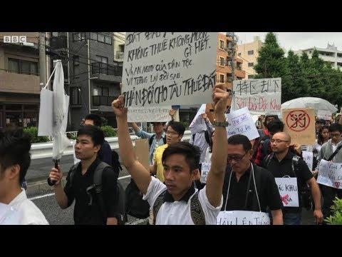 Biểu tình bùng nổ tại nhiều tỉnh thành Việt Nam