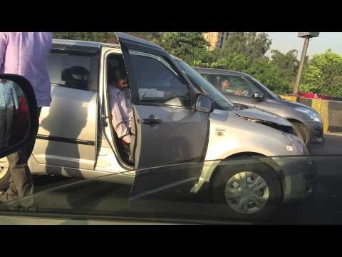 Eastern express highway thane 8 cars accident