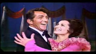 Dean Martin & Carol Lawrence - Somebody loves me, I wonder who