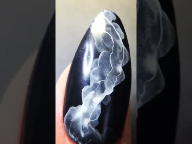 Idea_ Quick and easy smoky gel nail art design with opaque white watercolor water based polish