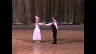 Вальс Малыши танцуют вальс(Вальс Малыши танцуют вальс., 2014-11-10T12:08:56.000Z)