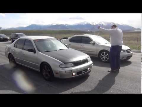 Altima Vs Maxima >> 2000 Nissan Maxima vs 1994 Nissan Altima - YouTube