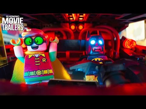 Batman and Robin Unite in THE LEGO BATMAN MOVIE Comic-Con Trailer