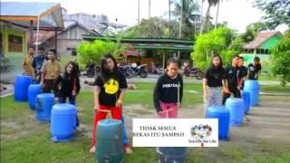 Perkusi Barang Bekas- Cewe Cantik Unjuk Skill Unik Mantap (Recycled Percussion Indonesian Music)