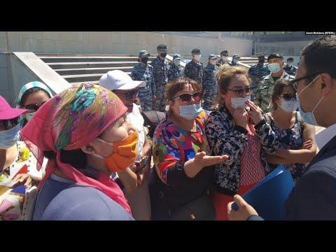 Нұр-Сұлтандағы әйелдер наразылығы және шекарада қамалған мигранттар