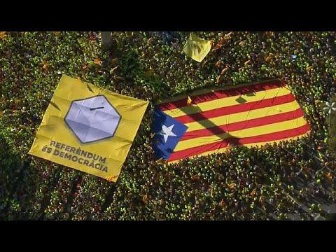 «Диада – да!»: в Каталонии празднуют Национальный День