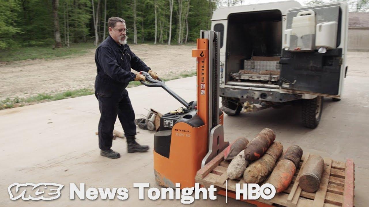 Unexploded WWI Bombs & Pothole Vigilantes: VICE News Tonight Full Episode