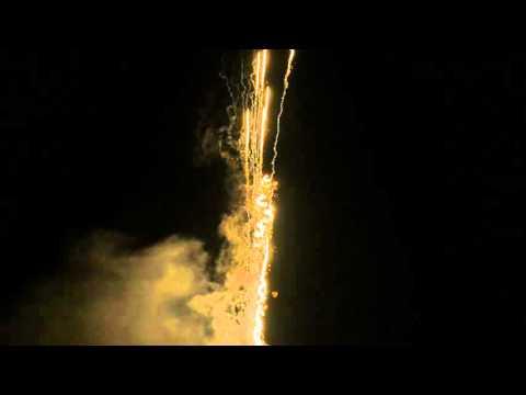 Lesli Molokan Batteriefeuerwerk - extrem laute Pfeifer!
