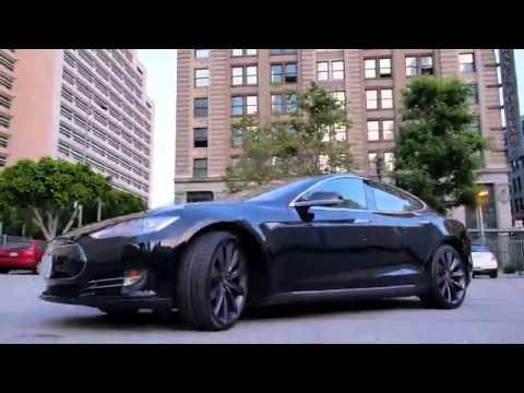 Model S car - Color: Black  // Description: sporty