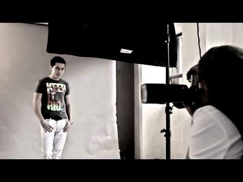 ADRIAN ALONSO Making off