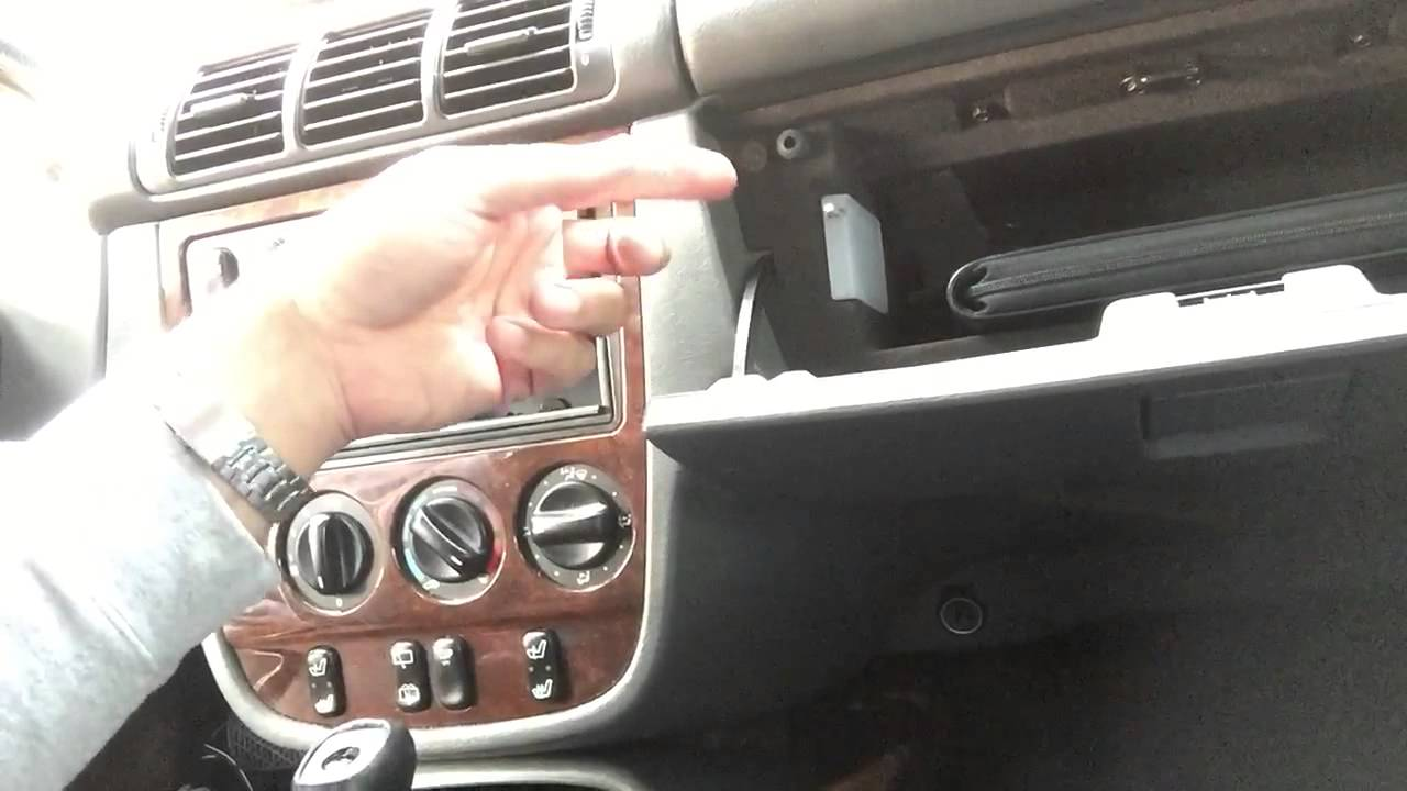 1999 Mercedes Benz Ml 320 Ml320 W163 Blend Motor Replacement Repair 2000 Fuse Box Tips Not The Actual Youtube