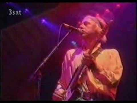 Dire Straits - On every street [Live in Nimes -92]