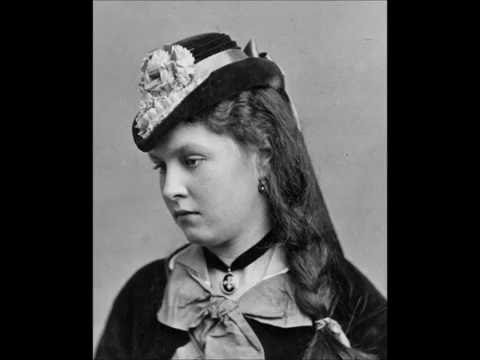 3D Stereoscopic Studio Photographs of People in Victorian Times (1800