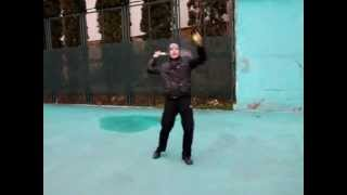 Большой теннис. Киватцев показывает технику исполнения подачи  2014-04