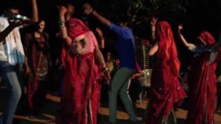 Dhol Nagada Bajere-Rajasthani Ladies Dance