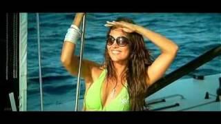 Aaj Dil Gustakh Hai (BLUE) *Sanjay & Lara* *Music - A R Rahman* (2009) (UDR)