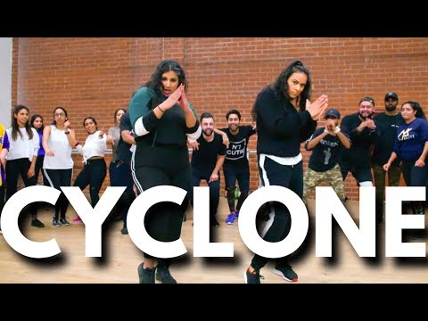 """CYCLONE"" - CHAYA KUMAR & SHIVANI BHAGWAN CHOREOGRAPHY | JAZ DHAMI #BHANGRAFUNK DANCE"