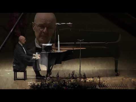 Eduard Tubin Ballaad Mart Saare teemale / Ballade on a theme by Mart Saar - Ivari Ilja (piano)