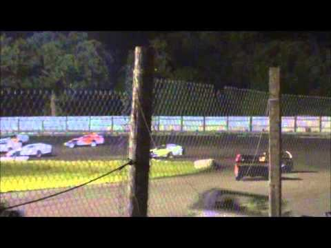 Algona Raceway Luke Wanninger modified Feature 7-1-14