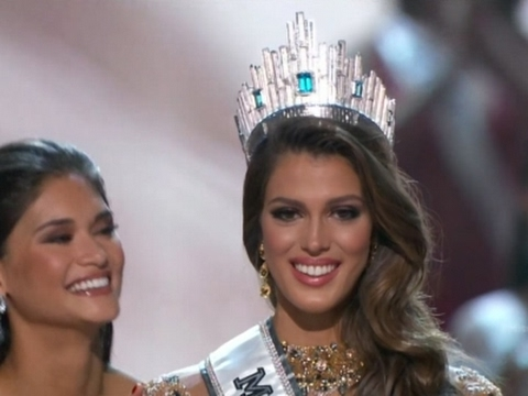 New Miss Universe stunned by win