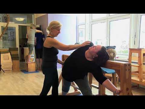 Iyengar Yoga Hamburg: Yogatherapie Mit Christo Iwantschew