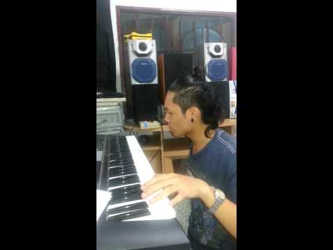 Keyboard Sound effects with Funny facial Expressions...^_^