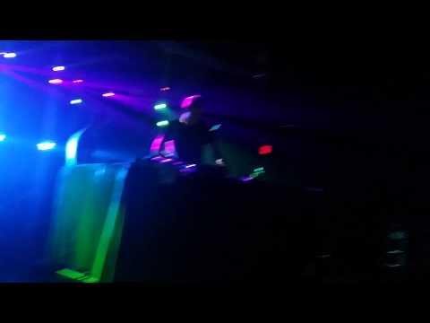 Coone & Bassjackers - Sound Barrier