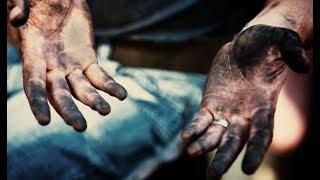 Мужчина пришел на собеседование с грязными руками. Благодаря этому он получил работу