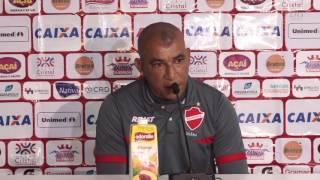 Vila Nova: Entrevista do técnico Hemerson Maria após o empate com Juventude