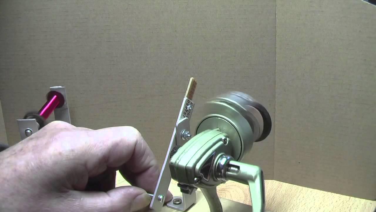 Kupferspulen Wickelmaschine aus einer Angelrolle - YouTube