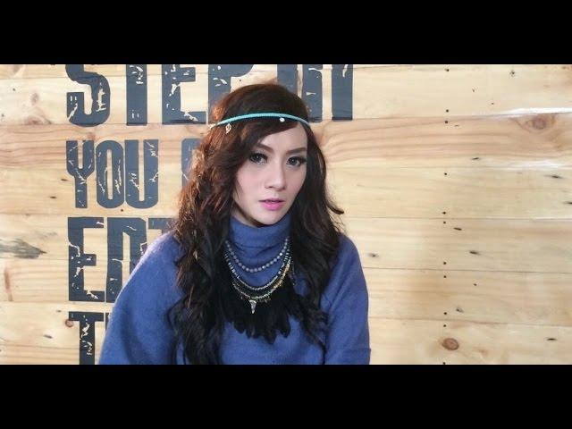DITELAN ALAM CINTA 1 - IVA LOLA cover karaoke tanpa vokal ( instrumental ) download